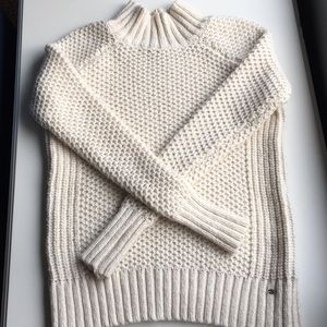 ☁️American Eagle chunky sweater